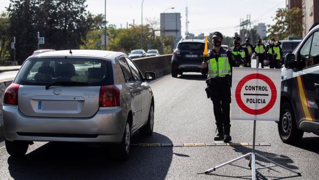 La Comunidad de Madrid permanecerá cerrada durante el puente de la Constitución y hasta el 14 de diciembre